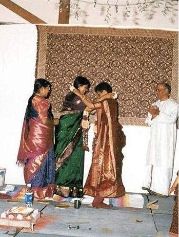 Jab We Met : A Hindu-Lesbian Wedding! (Part 1)