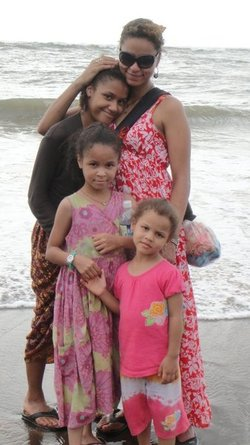 Help Reunite Three Girls, With Their Mother!