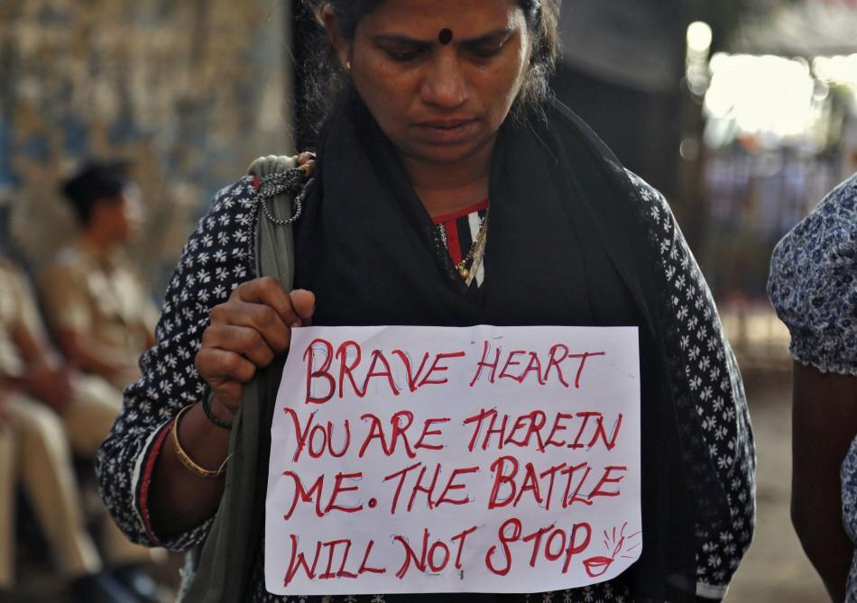 new-delhi-gang-rape-peaceful-protests